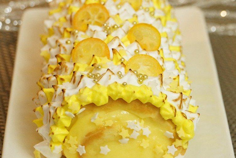Bûche de Noël façon tarte au citron meringuée : la recette super facile !