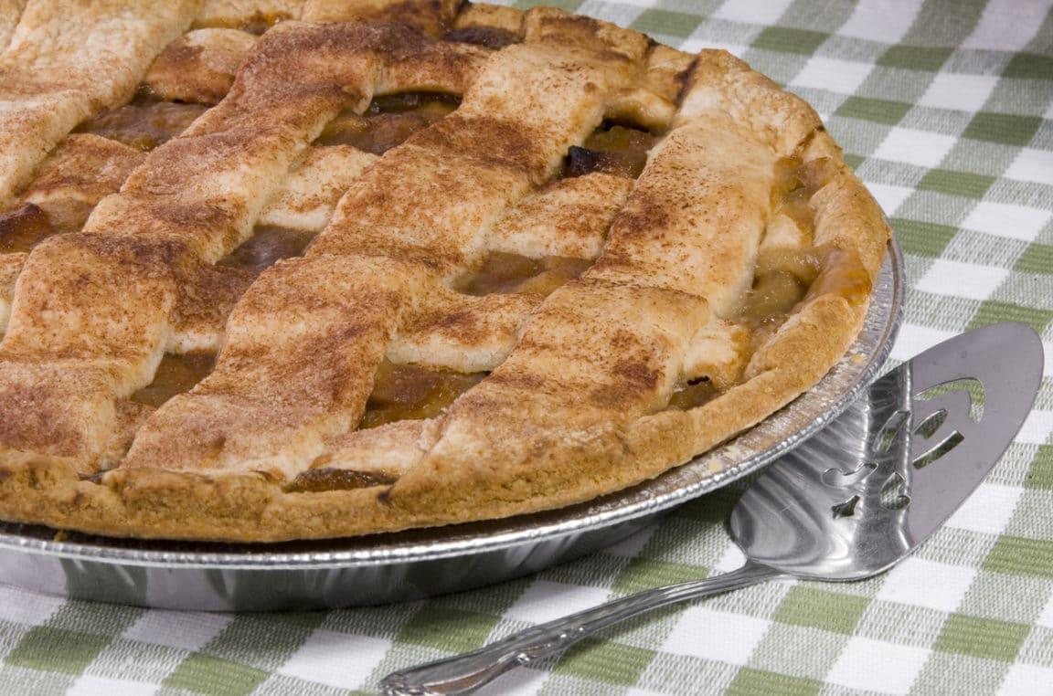 Tarte quadrillée pomme-rhubarbe : une délicieuse douceur de saison
